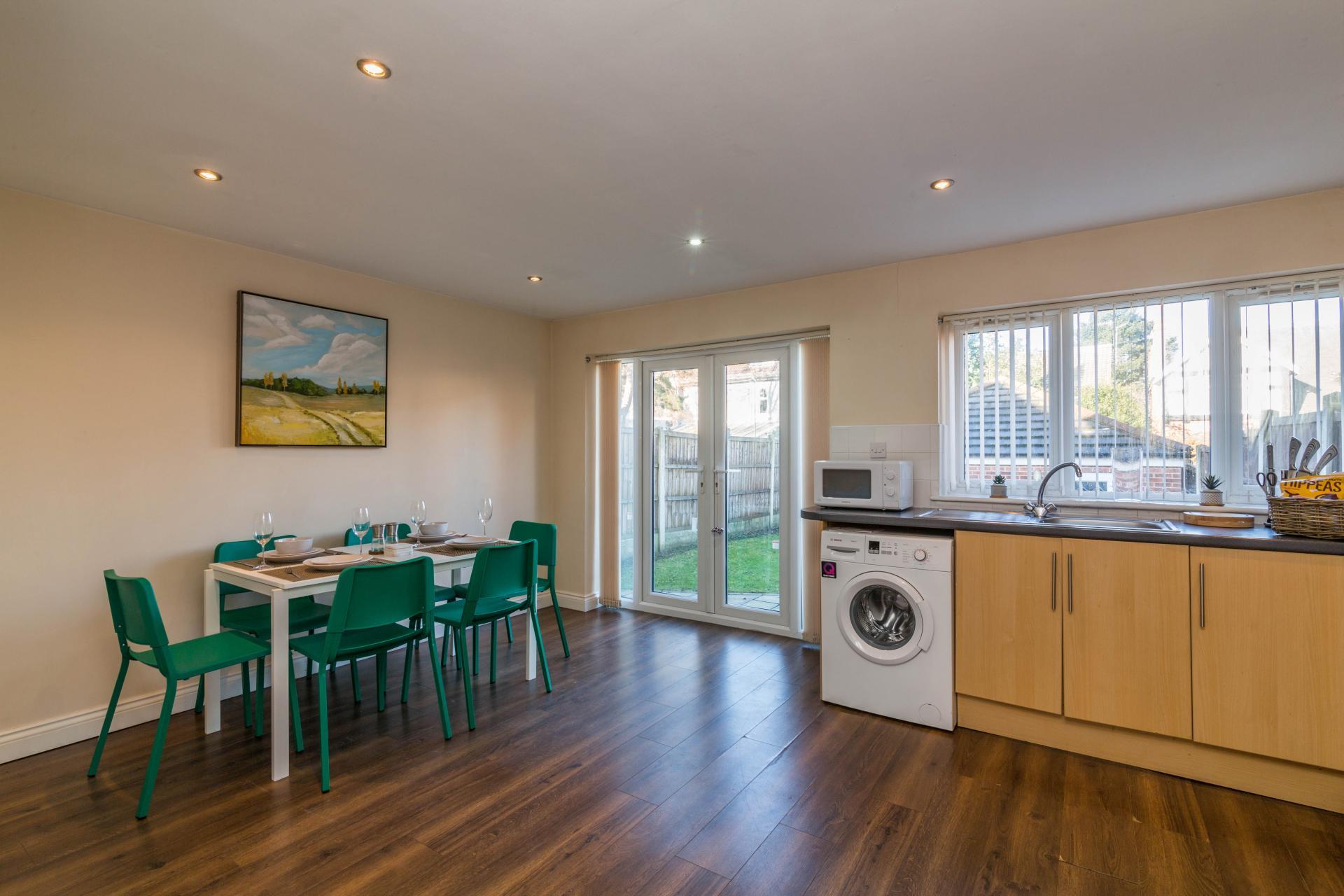 Kitchen at Mayo House, Carrington, Nottingham - Citybase Apartments