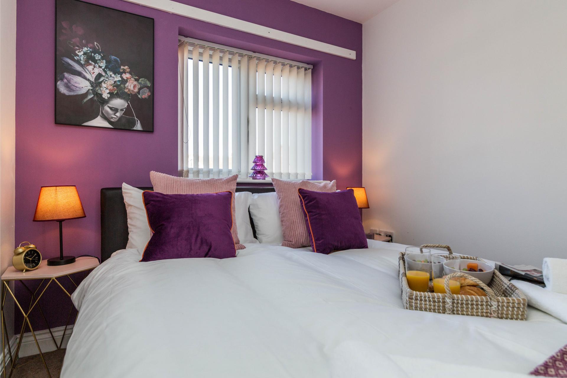 Bedroom at Mayo House, Carrington, Nottingham - Citybase Apartments