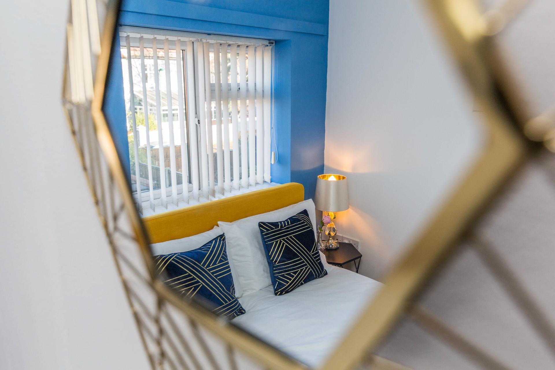 Decor at Mayo House, Carrington, Nottingham - Citybase Apartments