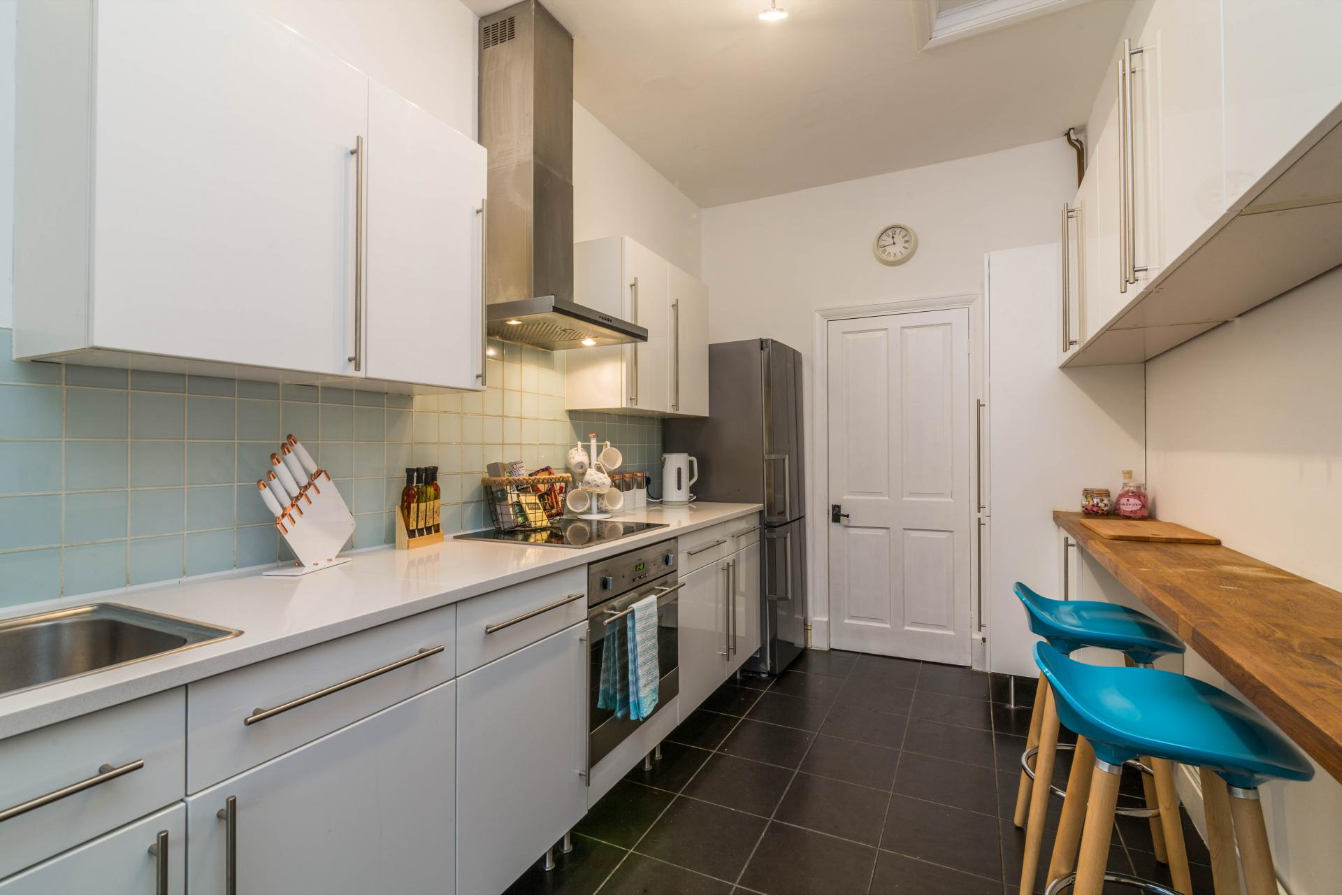 Kitchen at Mapperley Coach House, Mapperley Park, Nottingham - Citybase Apartments