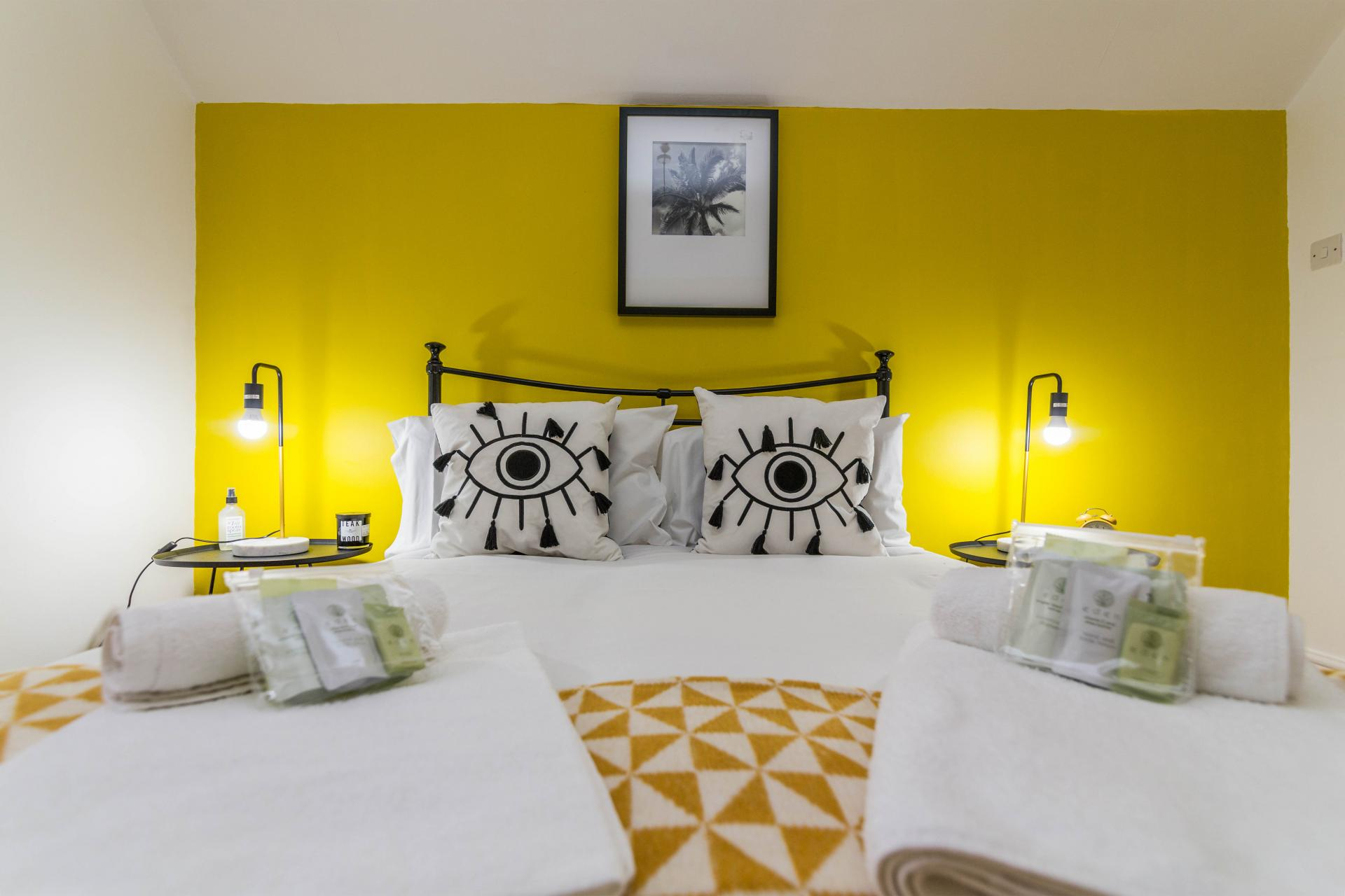 Bedroom at Mapperley Coach House, Mapperley Park, Nottingham - Citybase Apartments