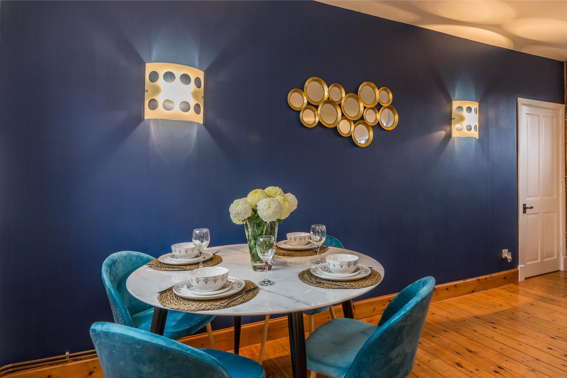 Dining area at Mapperley Coach House, Mapperley Park, Nottingham - Citybase Apartments