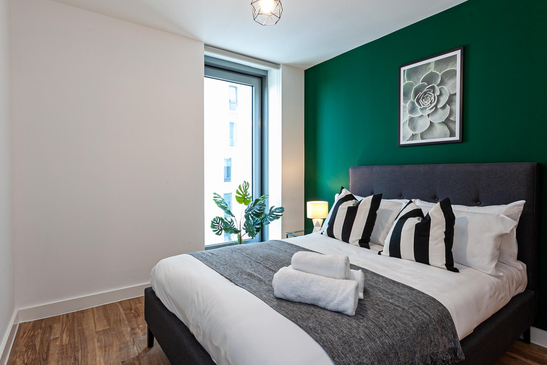 Bedroom at Michigan Point Tower, Ordsall, Manchester - Citybase Apartments