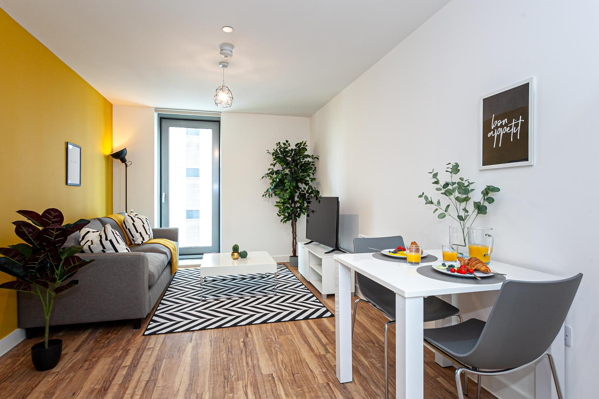 Living area at Michigan Point Tower, Ordsall, Manchester - Citybase Apartments