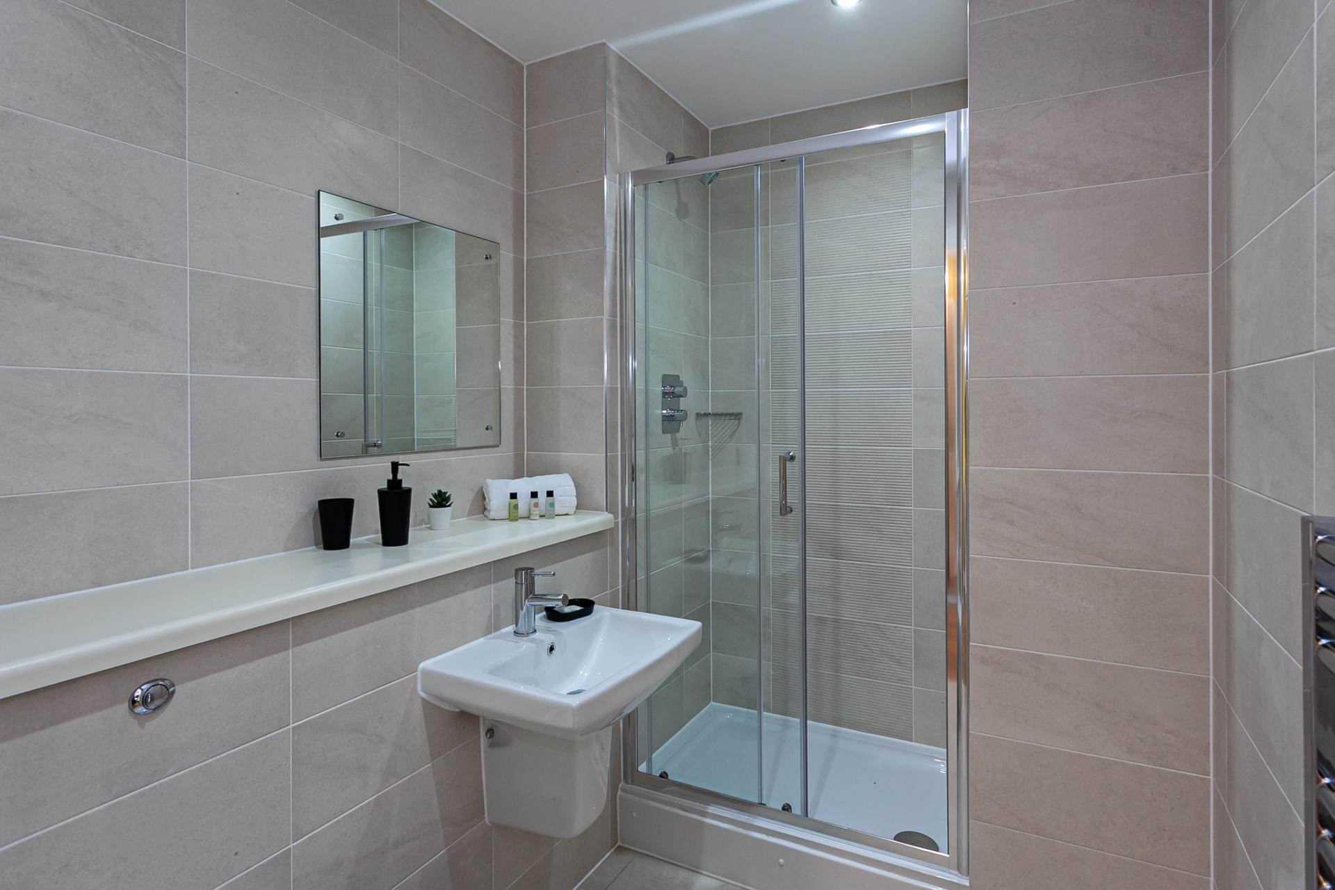 Bathroom at Michigan Point Tower, Ordsall, Manchester - Citybase Apartments