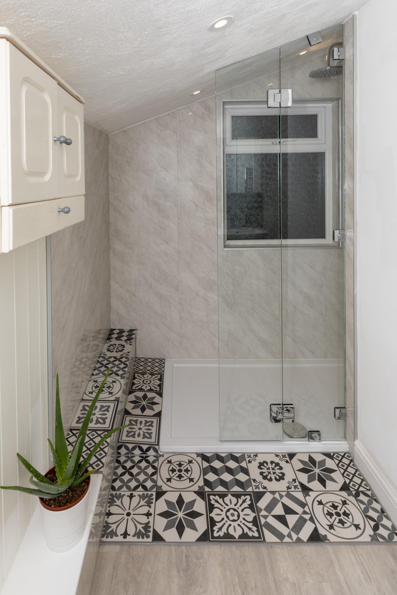 Bathroom at Nottingham Arthouse, Sneinton, Nottingham - Citybase Apartments