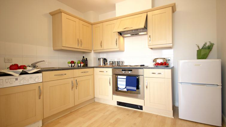 Kitchen at Kelvin Gate - Citybase Apartments
