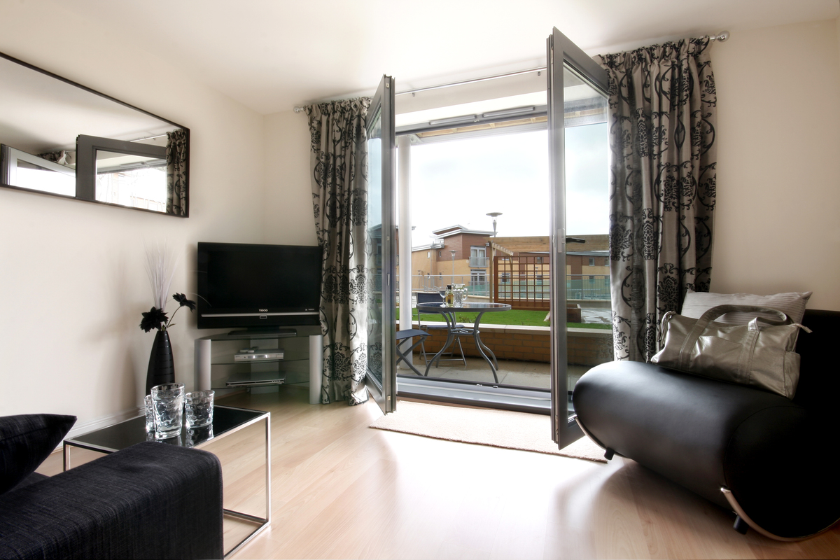 Glass doors at Kelvin Gate - Citybase Apartments