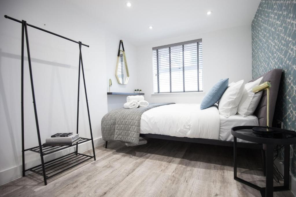 Bedroom at Montague Road Apartments, Edgbaston, Birmingham - Citybase Apartments