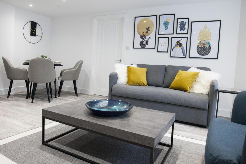 Decor at Montague Road Apartments, Edgbaston, Birmingham - Citybase Apartments