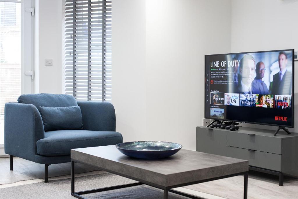 Smart TV at Montague Road Apartments, Edgbaston, Birmingham - Citybase Apartments