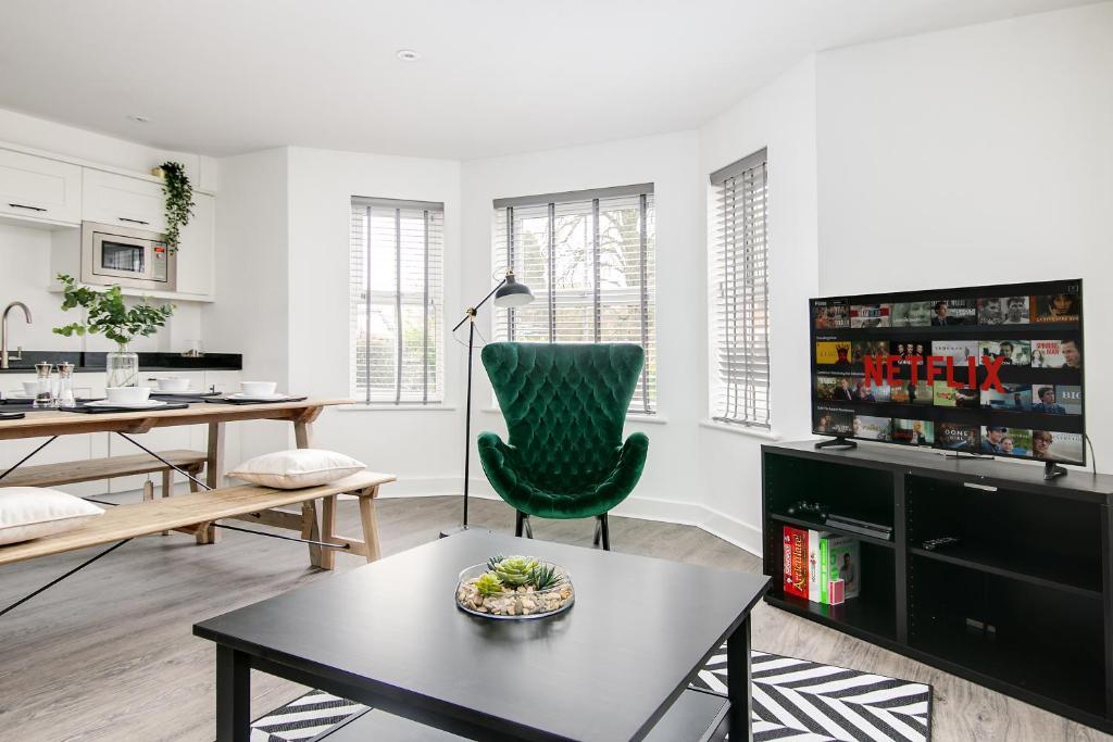 Open-plan at Montague Road Apartments, Edgbaston, Birmingham - Citybase Apartments