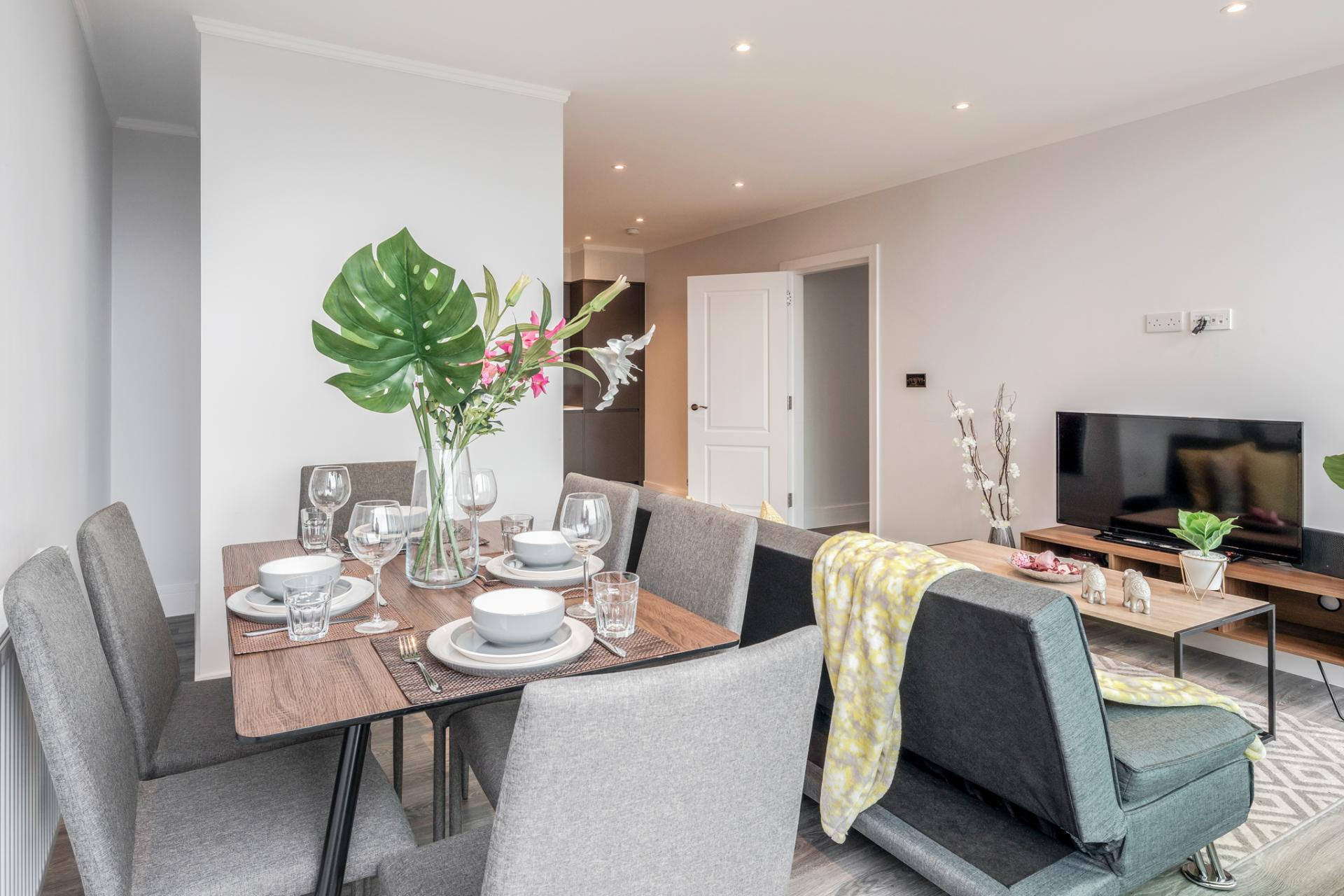 Dining table at Dudley House Apartments, Brentford, London - Citybase Apartments