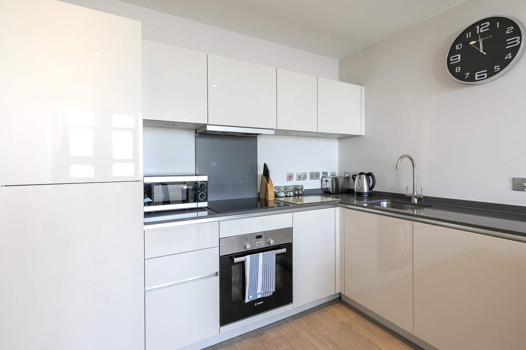 Modern kitchen at The View Apartments, Centre, Sunbury - Citybase Apartments