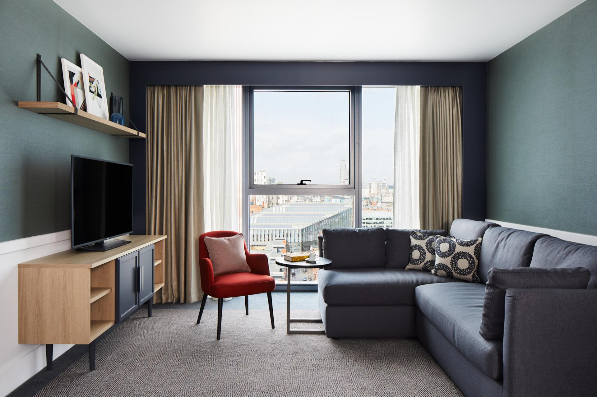 Living area at Hyatt House Manchester, Hulme, Manchester - Citybase Apartments