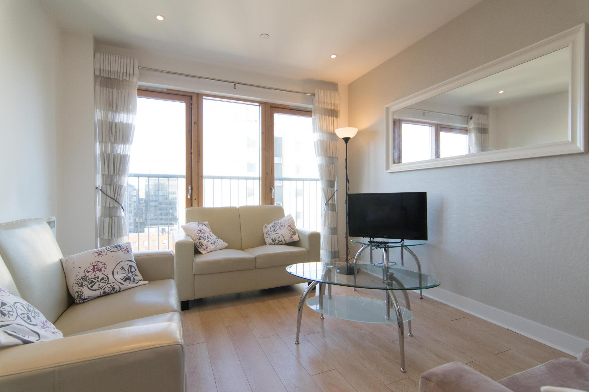Living Room at Glasgow Skyline Apartments, Centre, Glasgow - Citybase Apartments