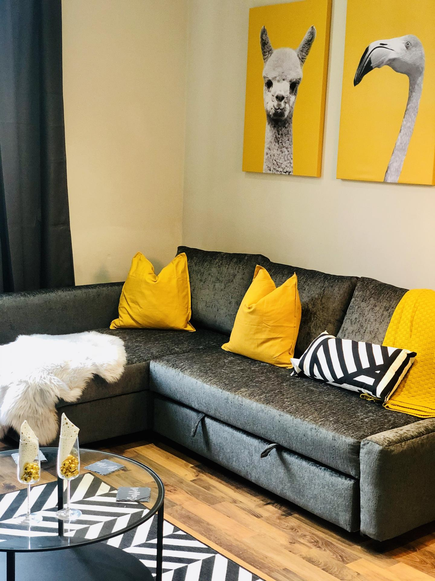 Lounge at Glossop Road Apartment, Broomhall, Sheffield - Citybase Apartments