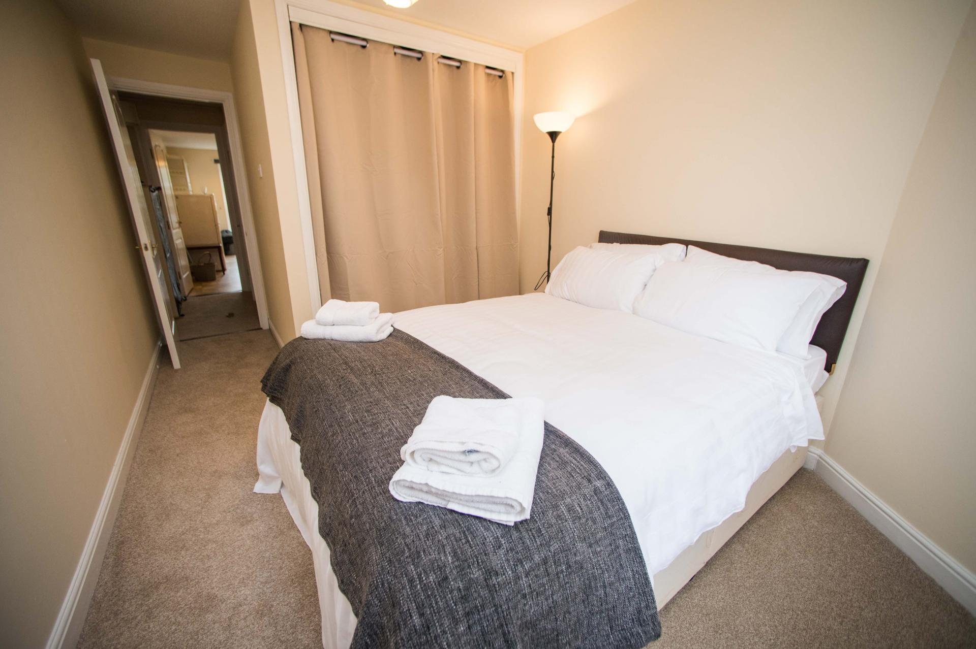 Double Bedroom at Glasgow Finnieston Apartment, Finnieston, Glasgow - Citybase Apartments