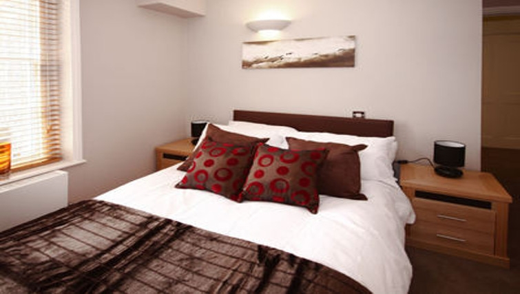 Lovely bedroom in Montague Apartments - Citybase Apartments
