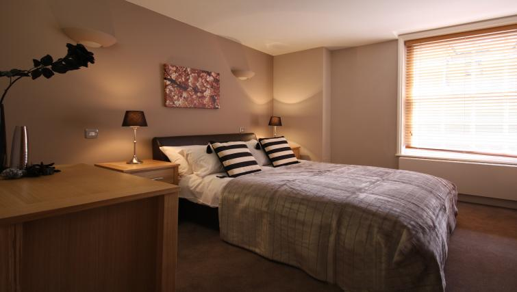 Bed at Montague Apartments - Citybase Apartments