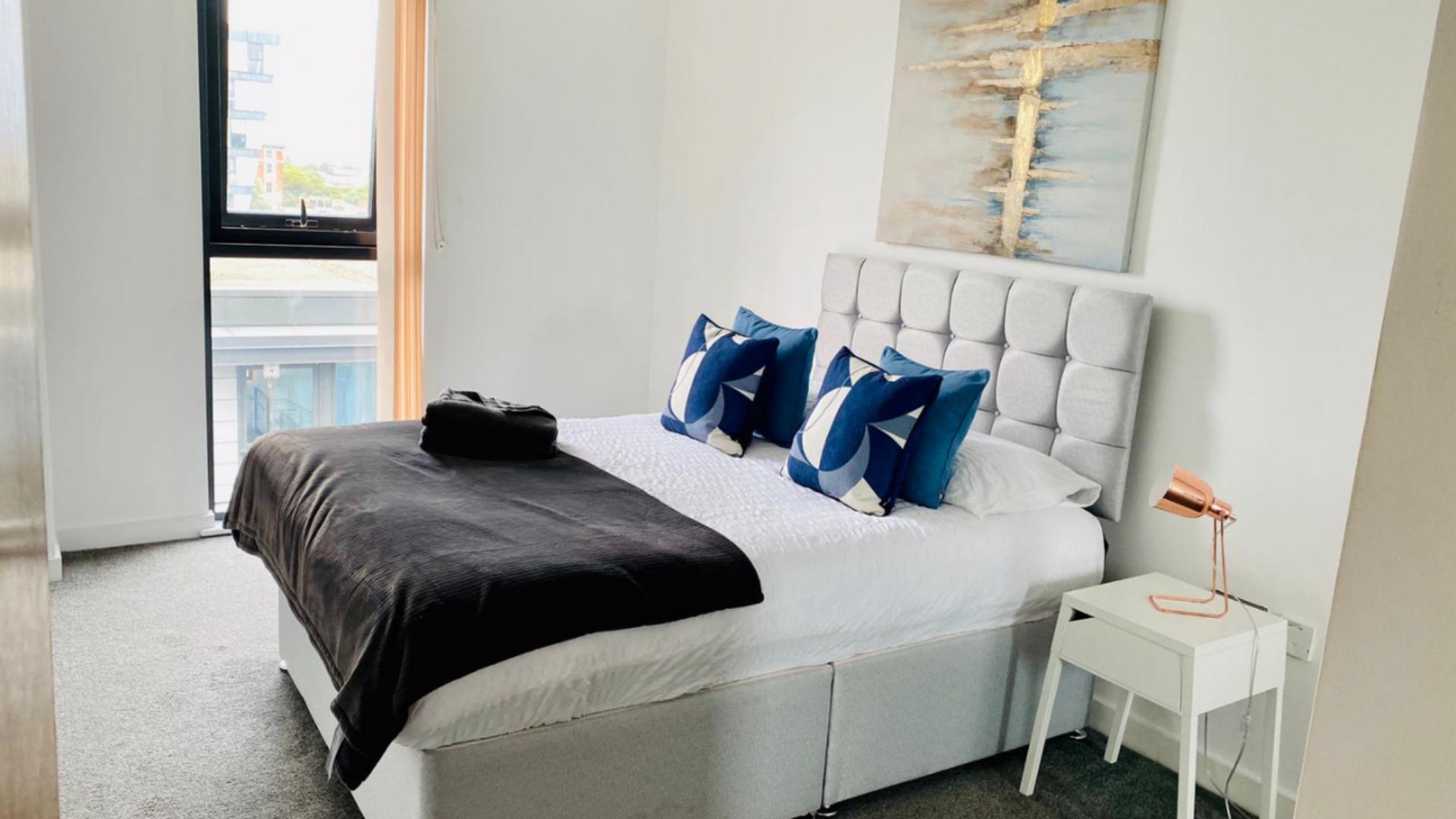 Blue cushions at Quarter Blonk Street Apartments, Centre, Sheffield - Citybase Apartments