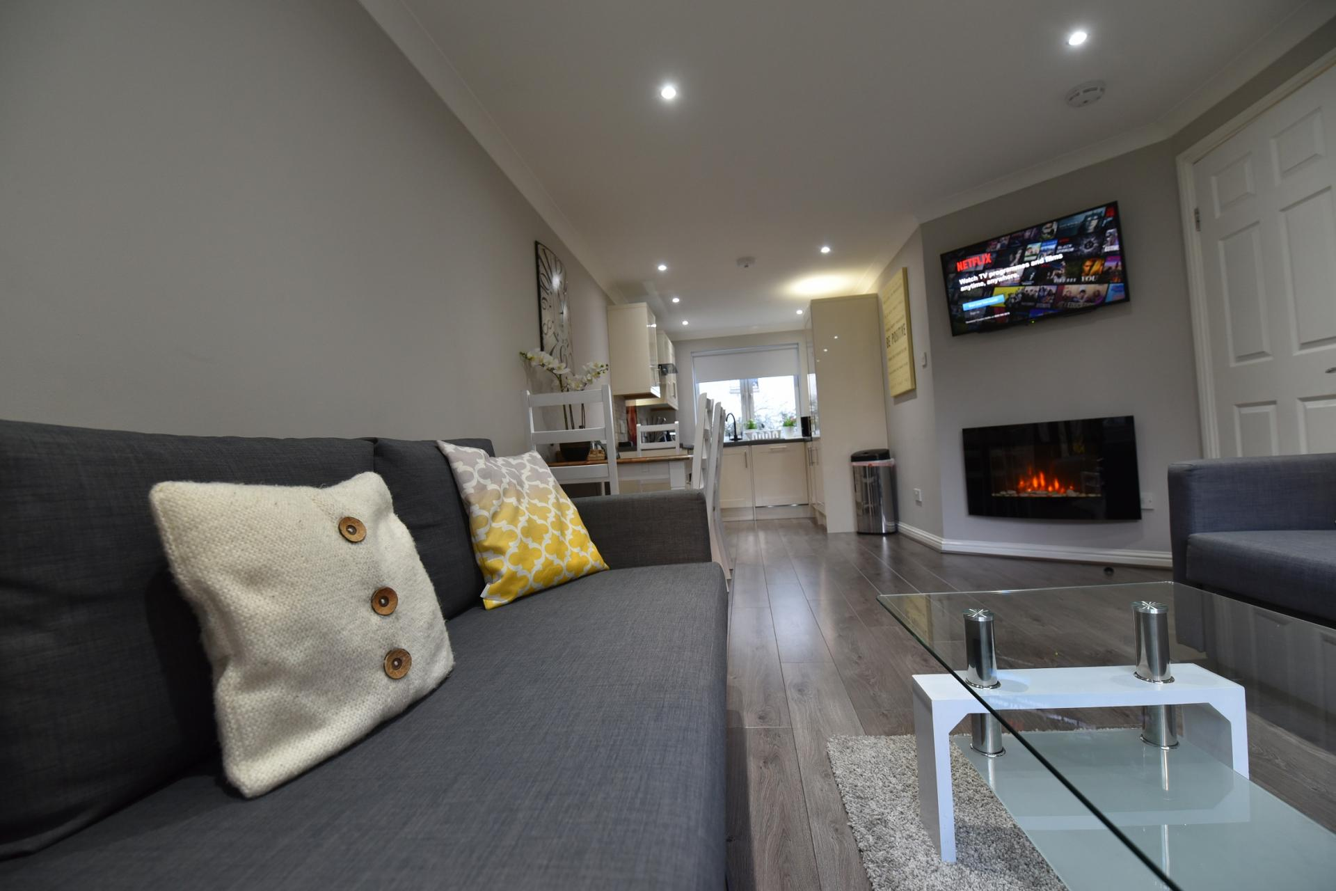 Living area at St Johns Hill Apartment, Old Town, Edinburgh - Citybase Apartments