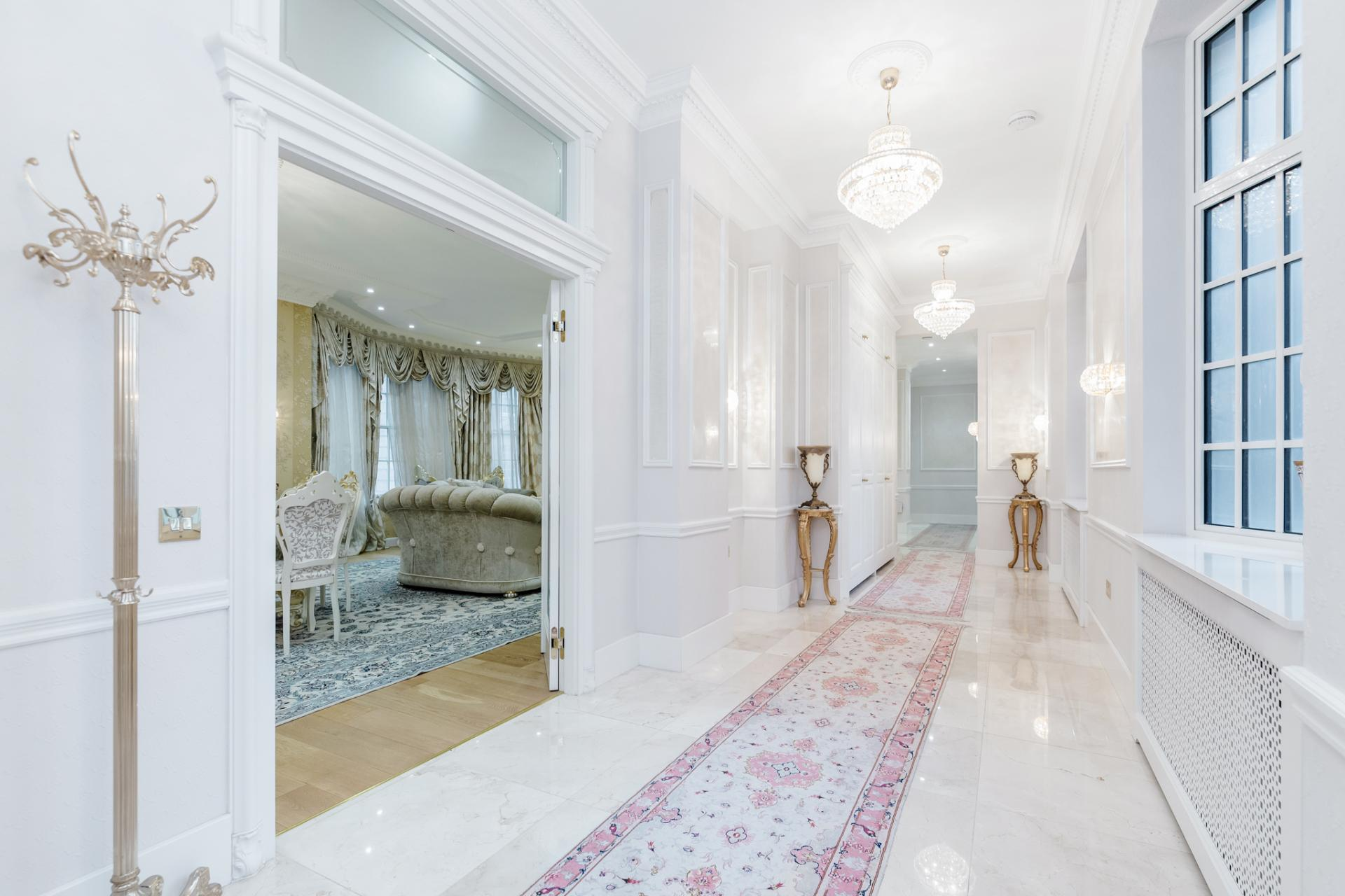 Hallway at Grosvenor Square Apartment, Mayfair, London - Citybase Apartments
