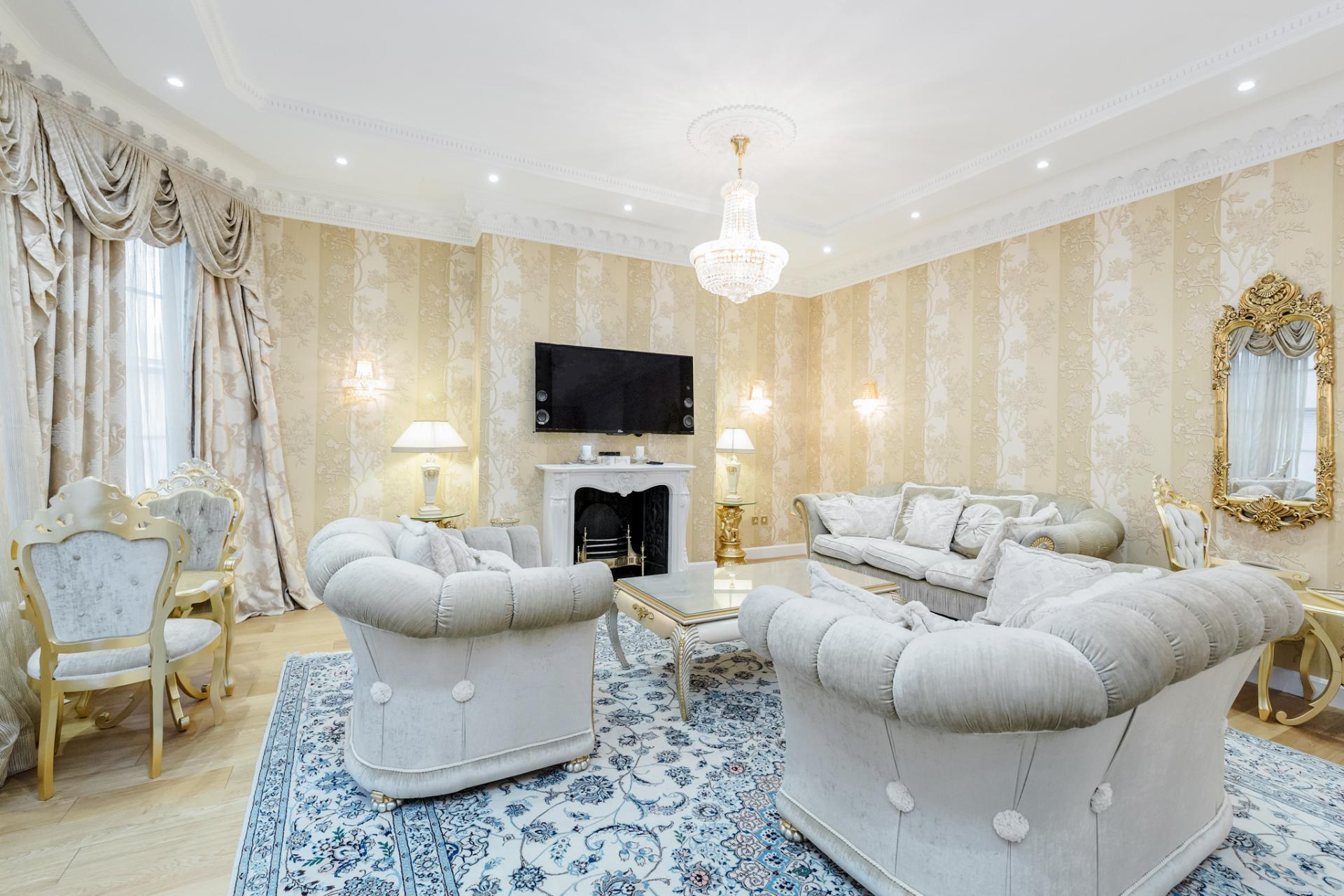 Living room at Grosvenor Square Apartment, Mayfair, London - Citybase Apartments