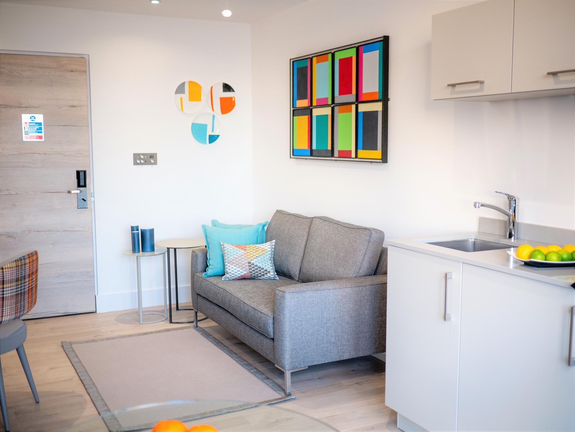 Living Room at Q Square Aparthotel, Centre, Brighton - Citybase Apartments