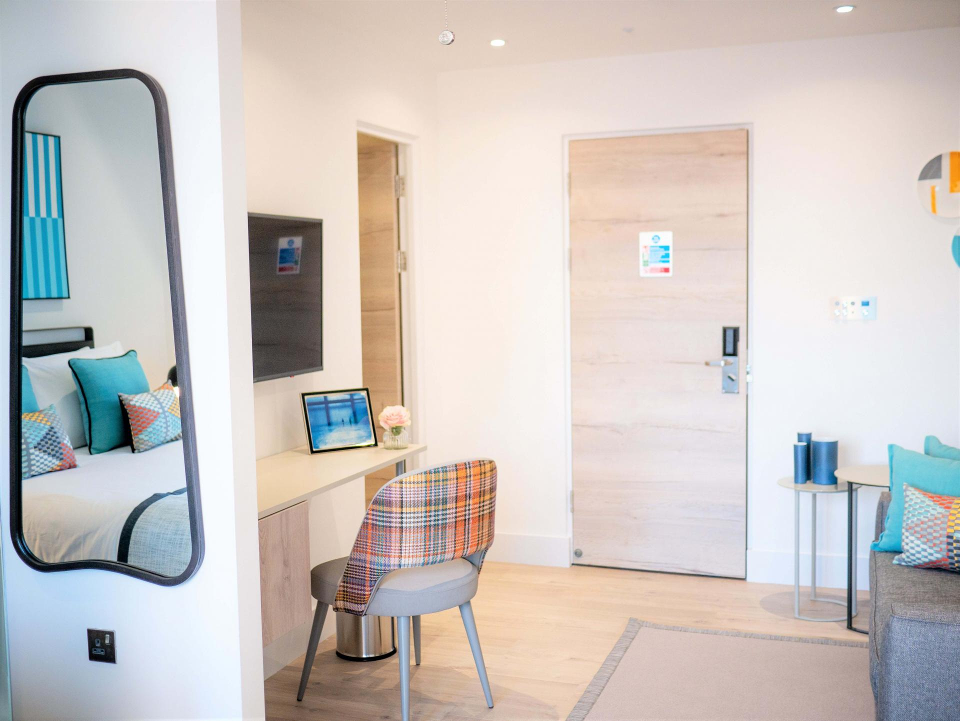 Studio Suites at Q Square Aparthotel, Centre, Brighton - Citybase Apartments