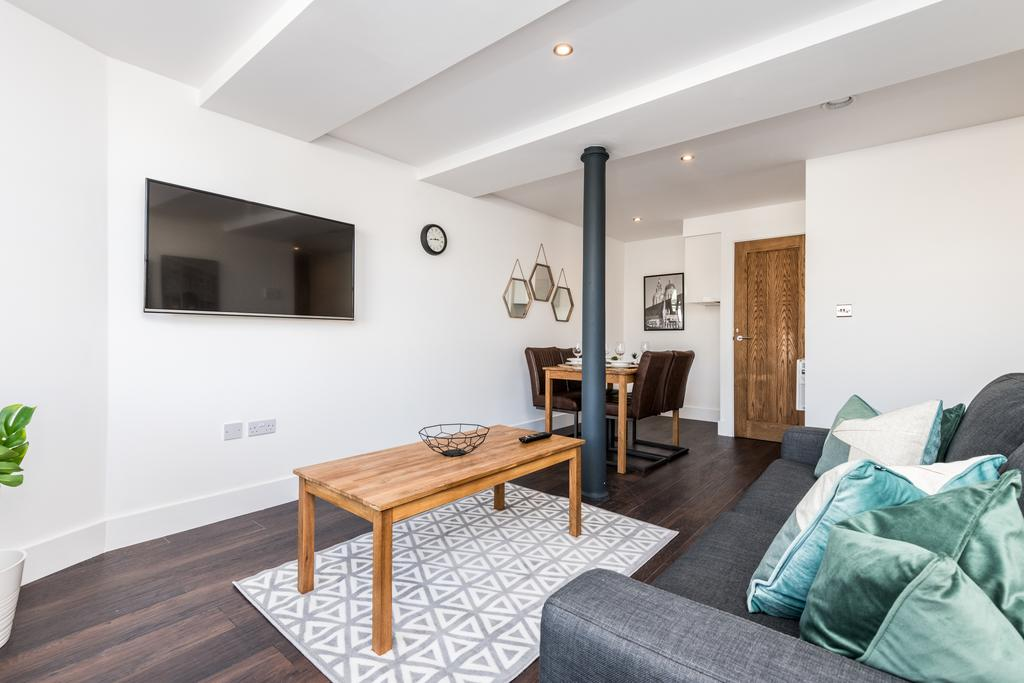 TV at Stanley Street Serviced Apartments, Centre, Liverpool - Citybase Apartments