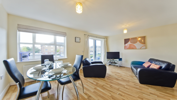 Stunning living area in Woodgate Court Apartments - Citybase Apartments