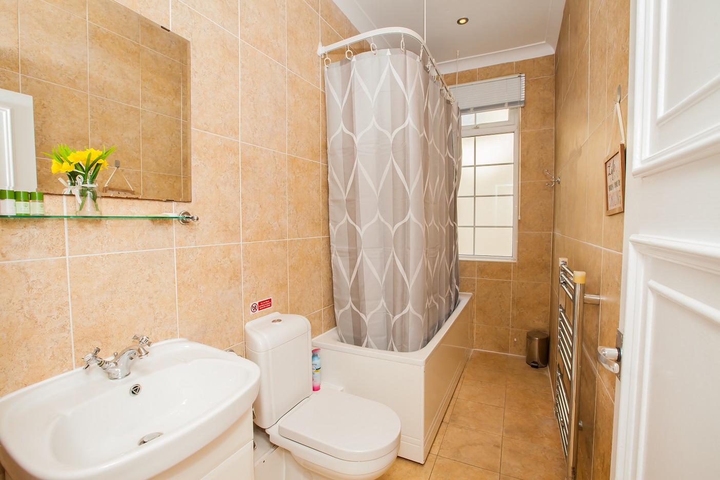 Bath at Marylebone Serviced Apartments, Marylebone, London - Citybase Apartments