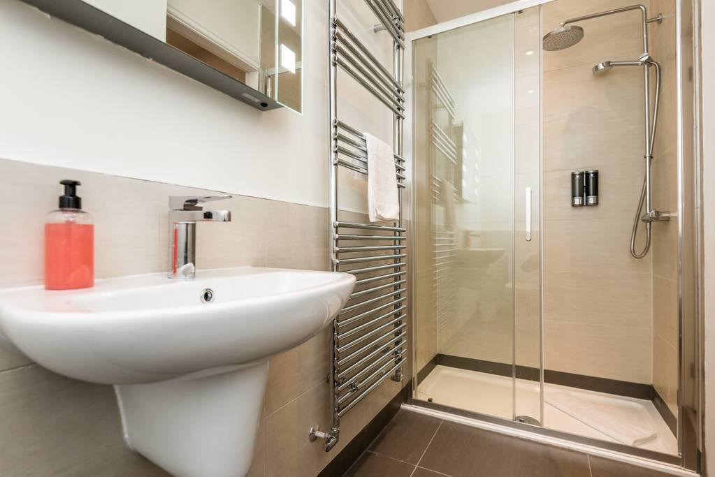 Sink at Falkner Street Apartments, Ropewalks, Liverpool - Citybase Apartments