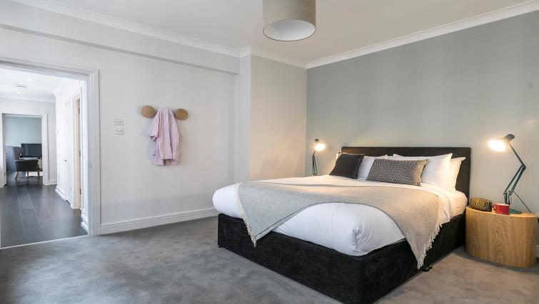 Bedroom at Native Fenchurch Street Apartments - Citybase Apartments