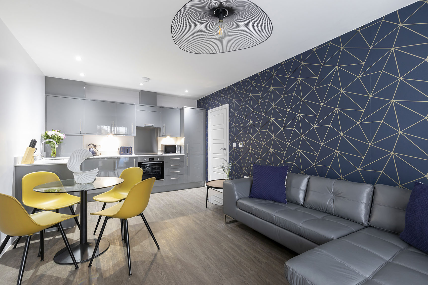 Living room at Mariners Court Apartment, The Docks, Gloucester - Citybase Apartments