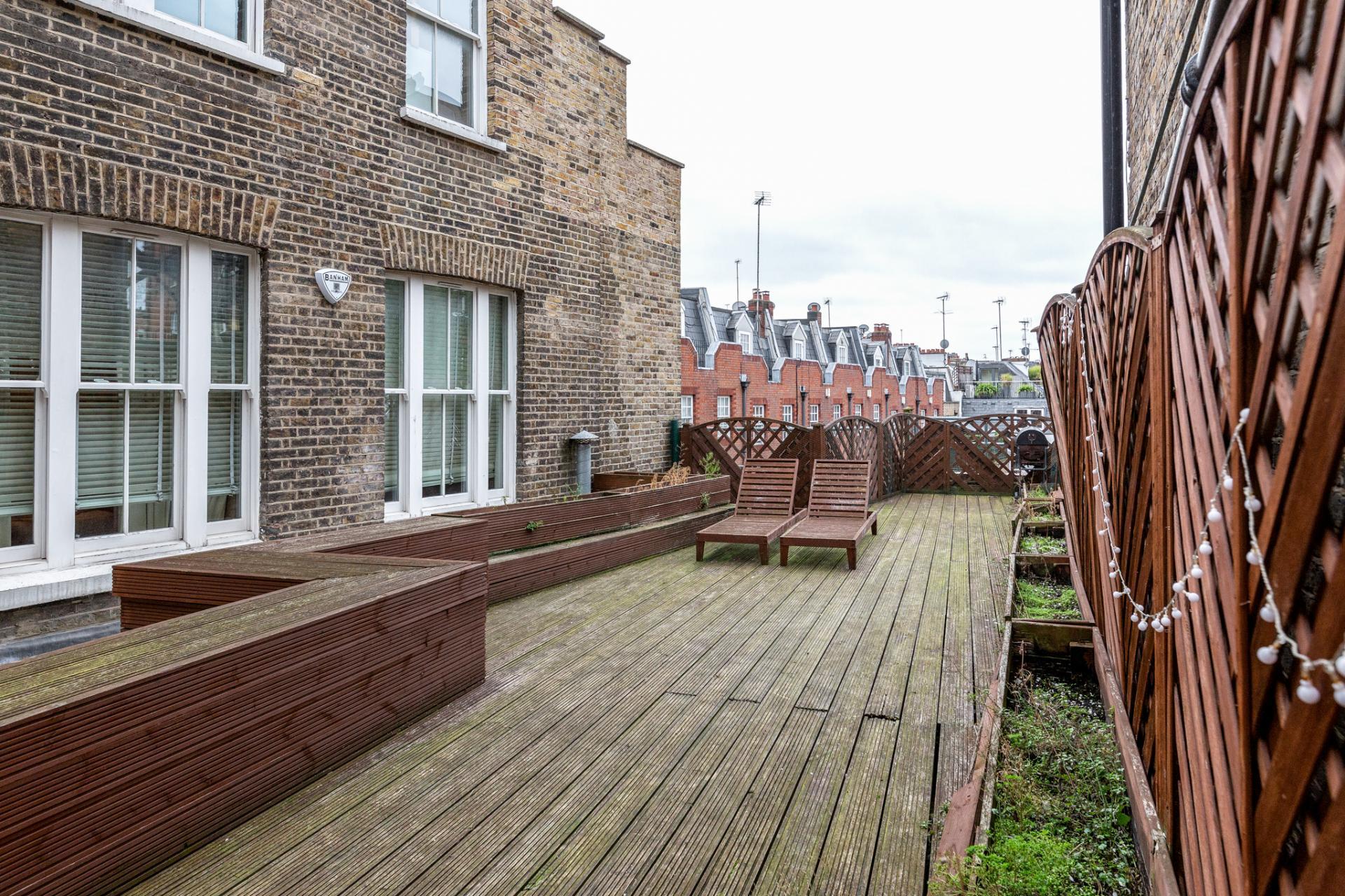 Outdoor terrace at Eden Close Apartment, Kensington, London - Citybase Apartments