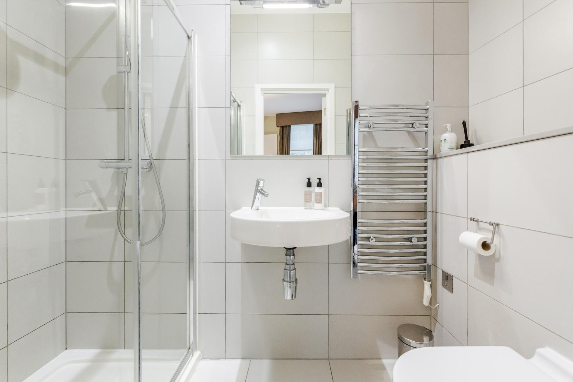 Sink at Eden Close Apartment, Kensington, London - Citybase Apartments
