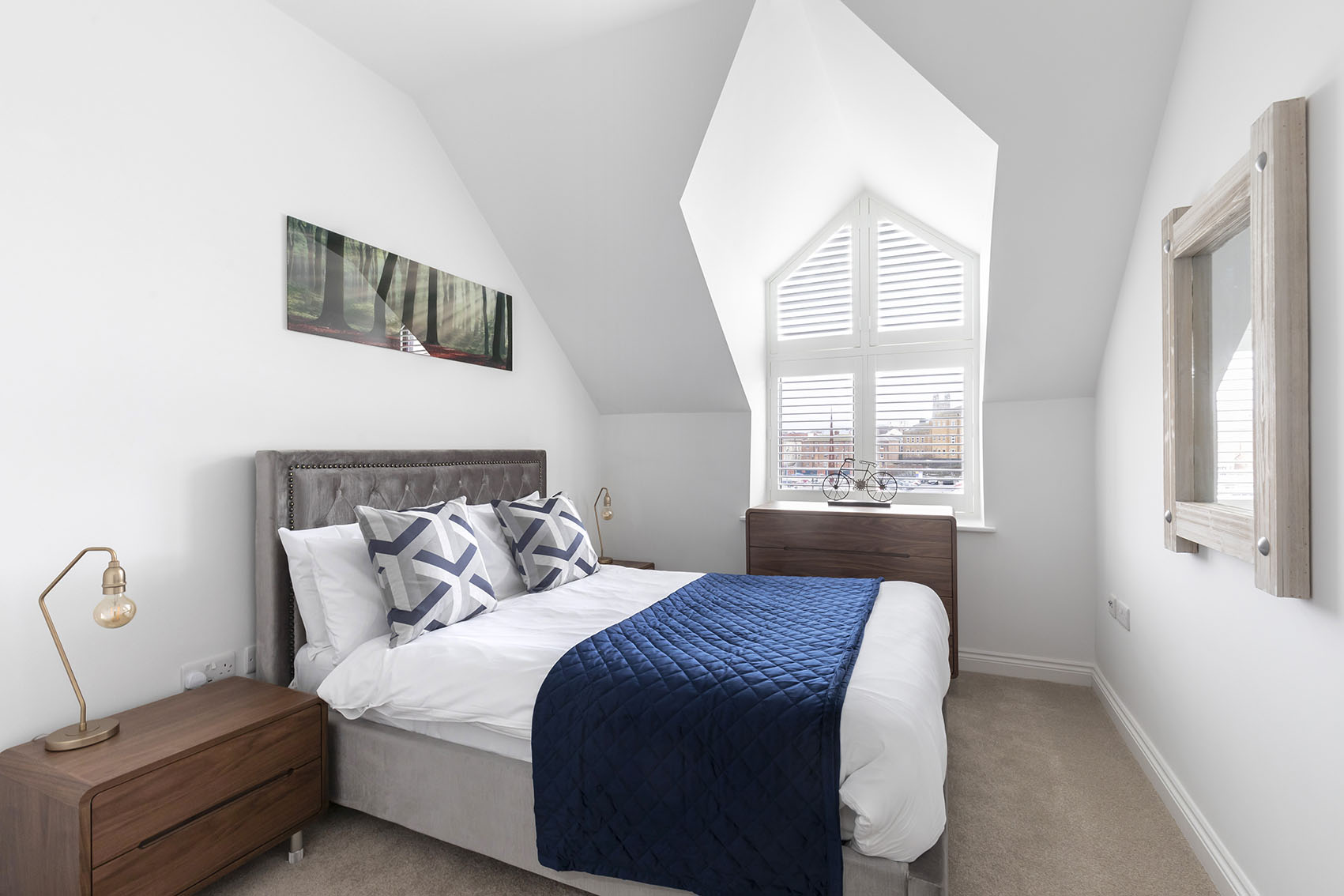 Bedroom at Apartment 12 Mariners Court, The Docks, Gloucester - Citybase Apartments