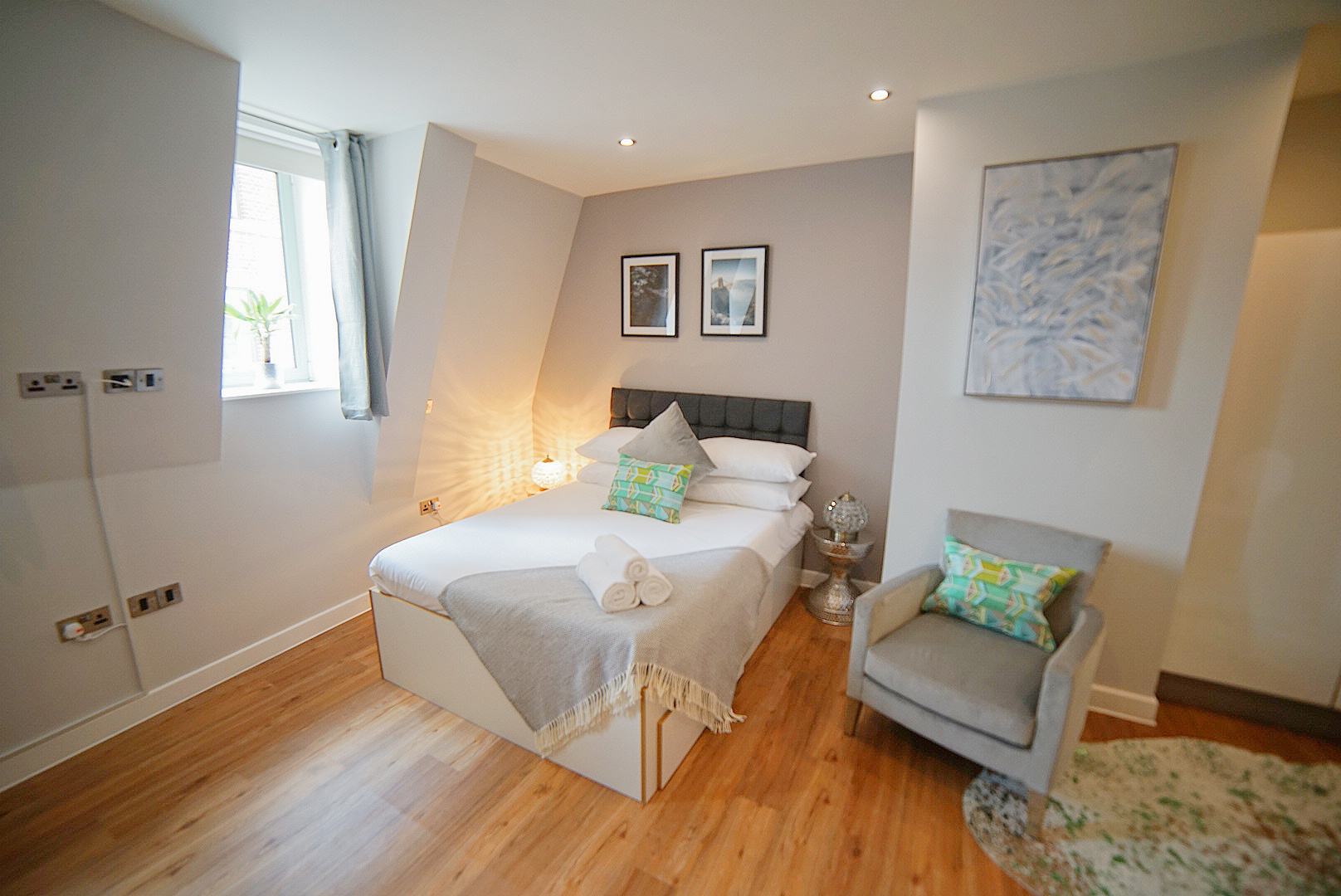 Bed at Prince Street Studios, Centre, Bristol - Citybase Apartments