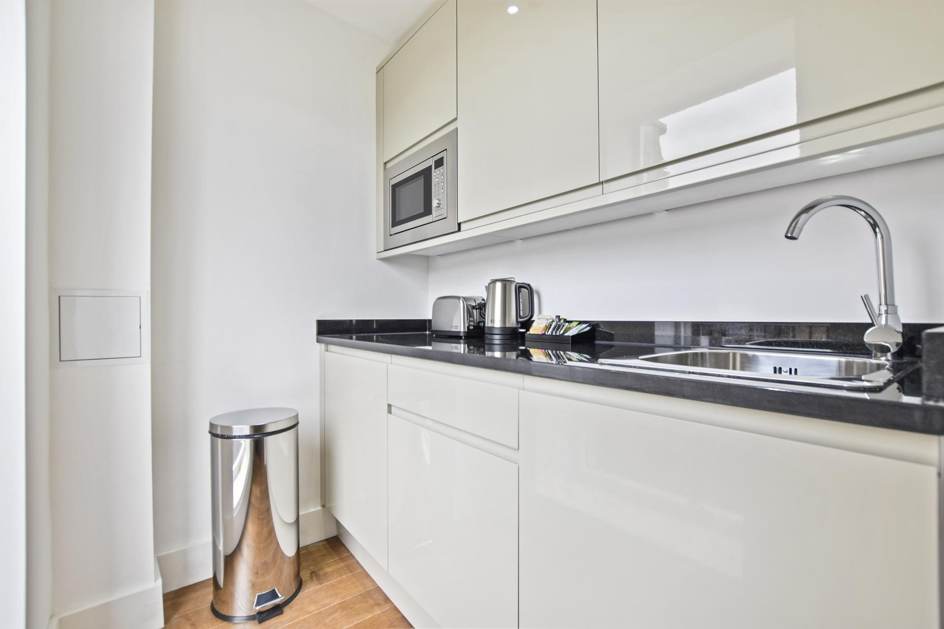 Kitchen at Leinster Square by Bridgestreet, Bayswater, London - Citybase Apartments