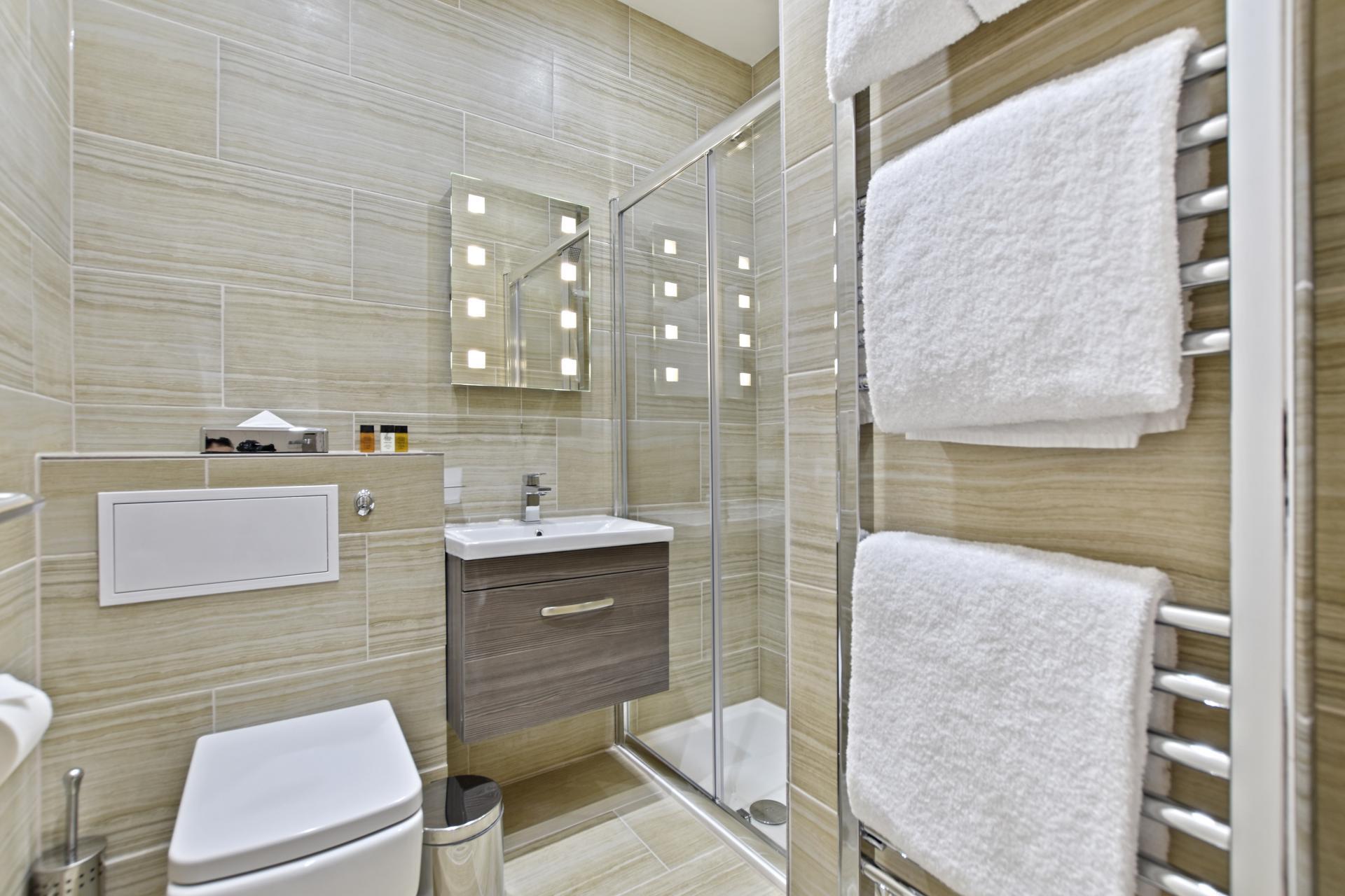 Bathroom at Leinster Square by Bridgestreet, Bayswater, London - Citybase Apartments