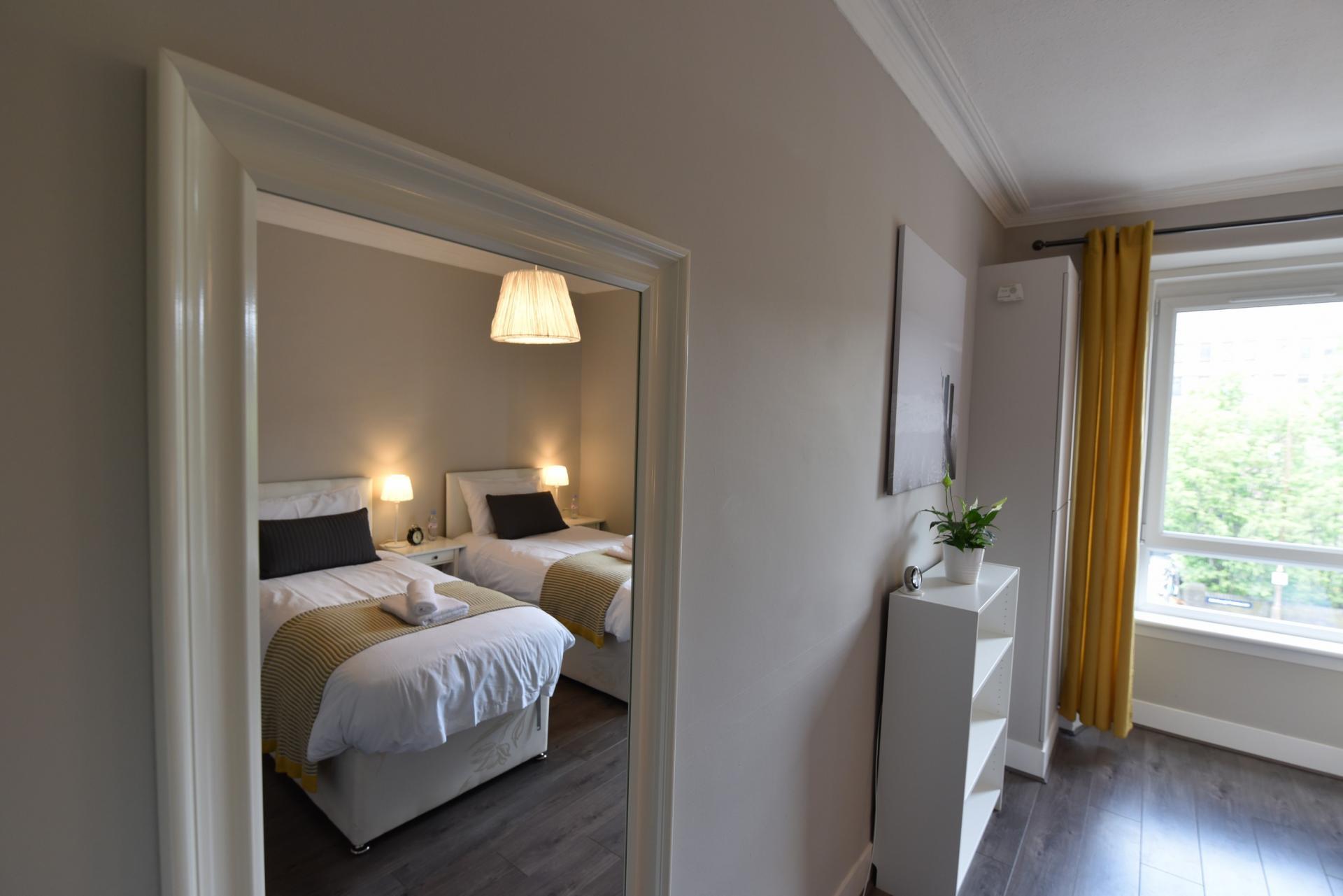 Mirror at Meadowbank House Apartment, Jock's Lodge, Edinburgh - Citybase Apartments