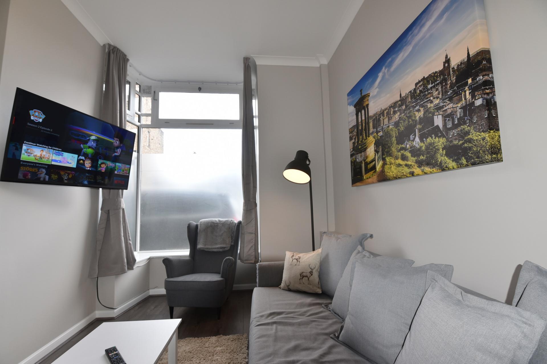 TV at Pleasance Luxury Apartment, Newington, Edinburgh - Citybase Apartments