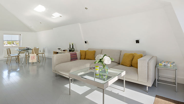 Sofa at Nevern Place Aparthotel - Citybase Apartments