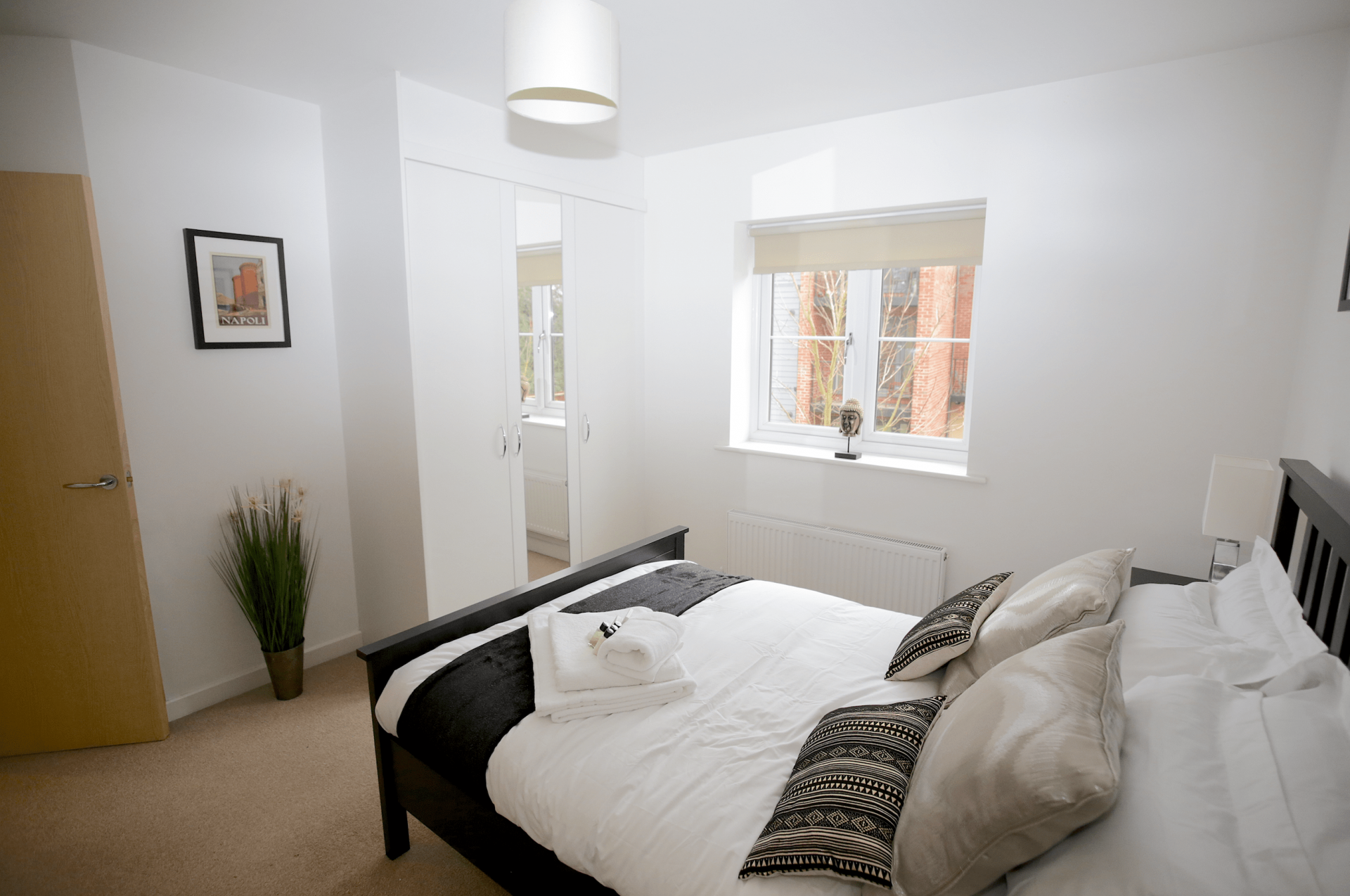 Bed at Gateway Apartment Nottingham, Wilford, Nottingham - Citybase Apartments