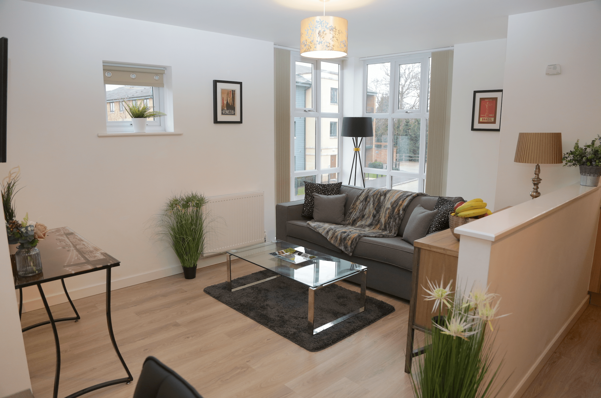 Living area at Gateway Apartment Nottingham, Wilford, Nottingham - Citybase Apartments