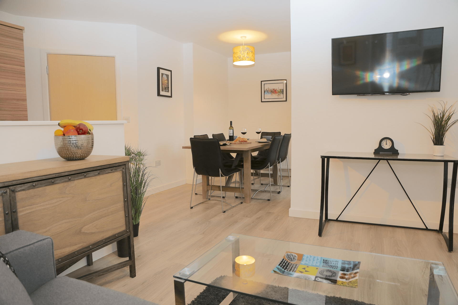 Dining area at Gateway Apartment Nottingham, Wilford, Nottingham - Citybase Apartments