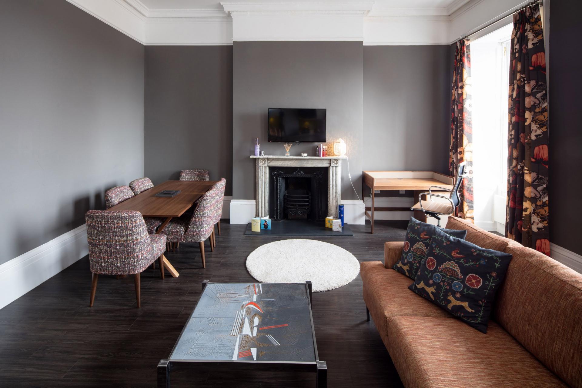 Table at Charlotte Rise Apartments, Brandon, Bristol - Citybase Apartments