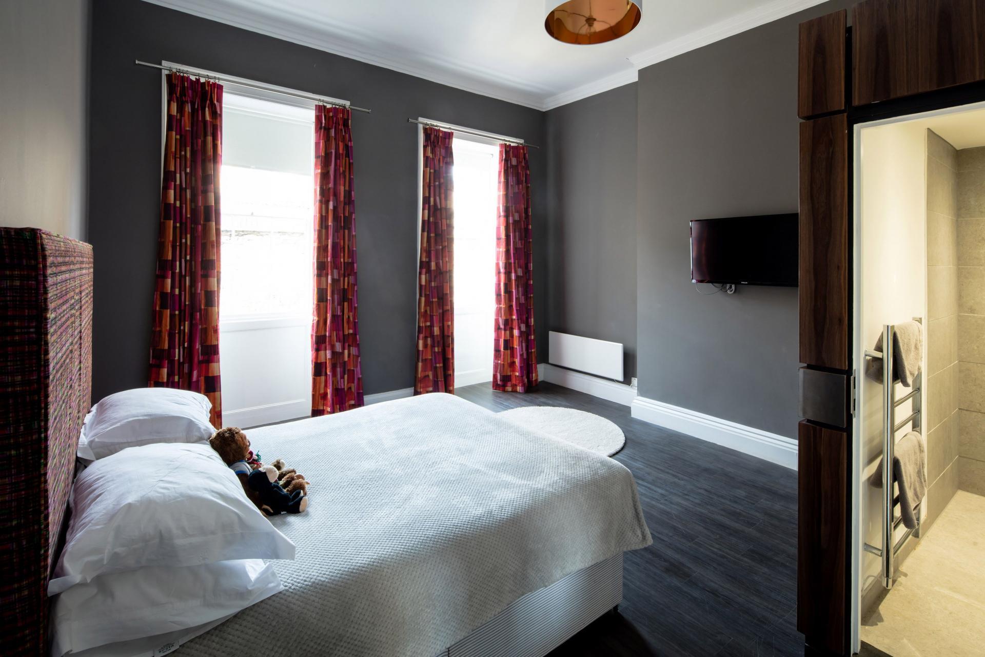 Curtains at Charlotte Rise Apartments, Brandon, Bristol - Citybase Apartments